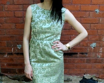 vintage satin brocade 1960s Wiggle Cocktail dress Green and silver shift sleeveless dress