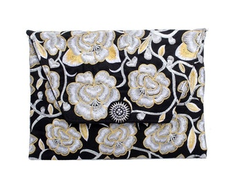 White Blossom Clutch With Embroidered Pattern Fabric (BG306DW-88C24)