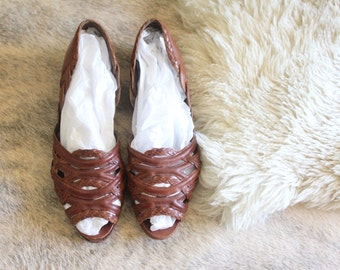 braided italian sandals / 8 AA
