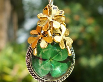 IRISH GOLD SHAMROCK Clip Celtic, Ireland, Irish, Purse Clip, Bag Clip, Purse Jewelry