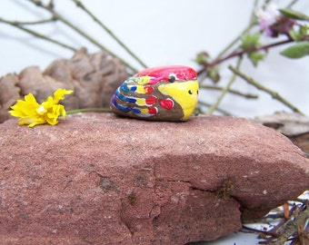 Parrot, painted rock, birds, fairy garden miniatures, fairy garden accessories, dolls & miniatures earthspalette