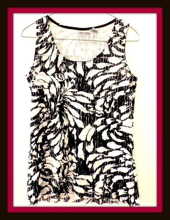 1980's Ladies Top Sleeveless Flapper Style by Chicos