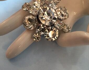 Kramer Brooch, Glass, Mid Century Jewelry WINTER SALE