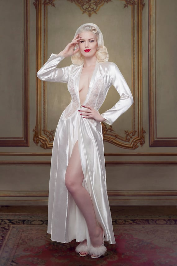 Vintage Inspired Nightgowns, Robes, Pajamas, Baby Dolls Bridal Nell Robe Ivory Silk Robe/Dressing Gown inspired by Marilyn Monroe Ivory Silk Satin and Lace Pin-up Girl Retro Vintage Style  AT vintagedancer.com