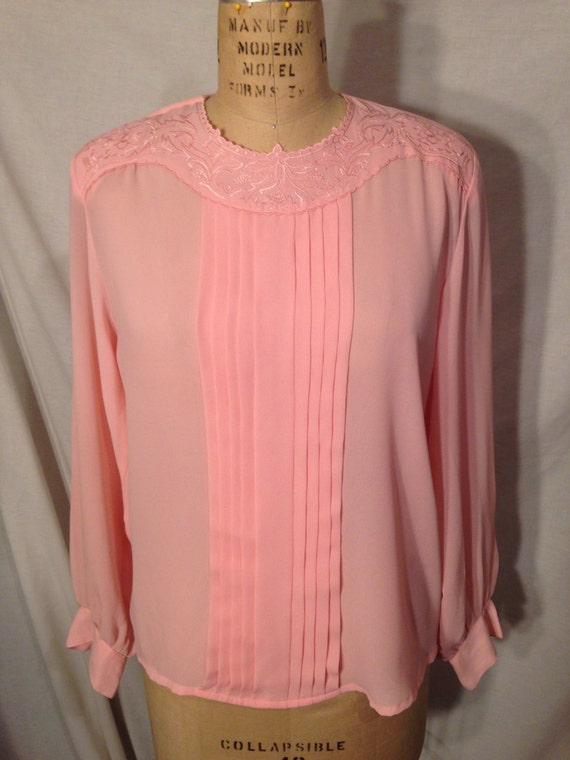 Vintage Pink Long Sleeve Blouse s17