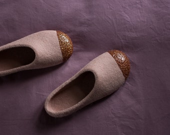 Felted Slippers for Girls - Felted Ballet Flats - Glitter House Slippers - Dusty Pink Slippers - Junior Felt Slipper - Wool Felt Slippers