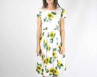 Vintage Sunflower Dress, Cotton Floral Picnic dress, Small Medium