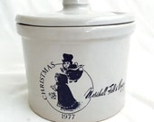 Vintage MARSHALL FIELD & Co. Stoneware Container  - 1977 Christmas Jar with Lid -