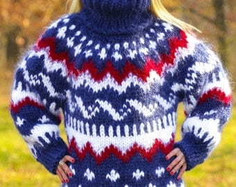 10 strands mega thick and fuzzy handmade Icelandic mohair sweater, unisex handgestrickte pullover in blue by SuperTanya