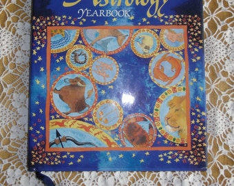 Vintage Book - The Astrology Yearbook, Joan Moore, Colour Library Books 1993