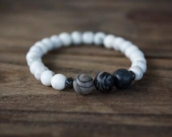 Black and White Gemstone Bracelet / Black Spider Web Marble / Stack Bracelet