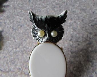 Vintage Owl Brooch original ROBERT designer Milk Glass Enamel/Pearl eyes goldtone