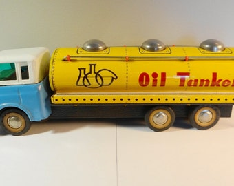 Vintage Tin Litho, toy Oil Tanker Petolette MF201 , 1960s