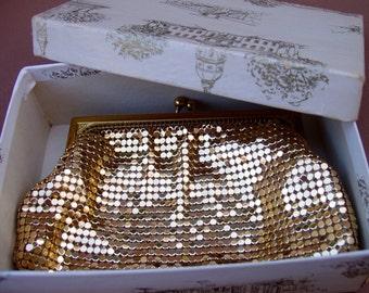 Vintage Whiting & Davis Mesh Bag . Gold Coin Purse . Hochschild Kohn Co receipt and gift box