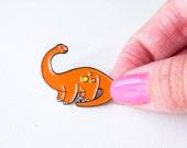 Diplodocus dinosaur enamel pin. designosaur pin badge. soft enamel dinosaur pin. land before time lapel pin. Jurassic park brooch. button