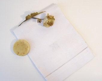 ON SALE Vintage Linen Damask Towel, White on White Palmette Acanthus Leaf and Chain Design Towel, Monogrammed Vintage Towel