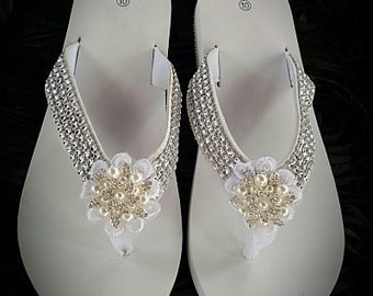 Bridal Flip Flops, Flip Flops, Rhinestone flip flops, Beach Wedding, Bling Flip Flops, Wedding Shoes