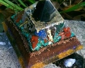 Large Obsidian Gold Colors Orgonite Pyramid // Glowing Light