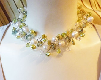 Pale Green and Ivory Wire Twisted Pearls and Crystal Wreath Necklace
