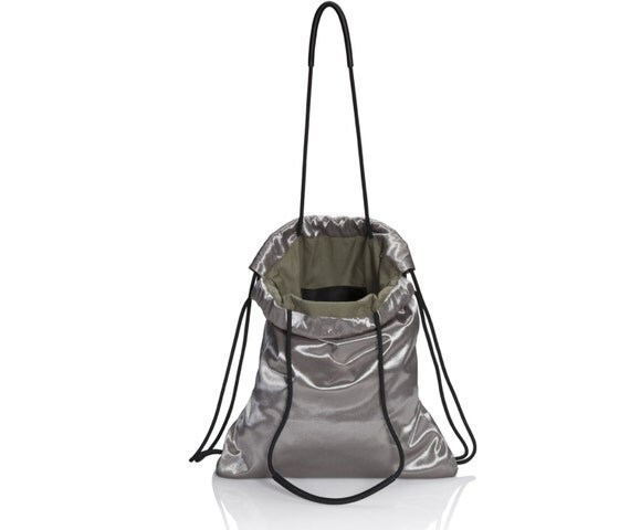 handtasche metallic silver rucksack beutel. Black Bedroom Furniture Sets. Home Design Ideas