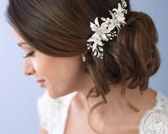 Freshwater Pearl Bridal Hair Clip, Rhinestone Hair Clip, Floral Wedding Hair Clip, Flower Hair Clip, Hair Clip for Wedding ~TC-2284