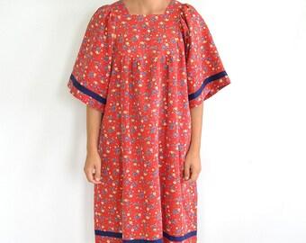 Boho Summer Tunic Dress // Traditional Baby-Doll Mumu (Medium-Large)