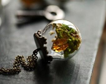 Citrine crystal necklace , raw quartz pendant, Irish jewellery, green moss terrarium , miniature terrarium , quartz point , gift for her
