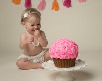 Small Ivory Dainty Flower Skinny Elastic Newborn Baby Headband, Photography Prop