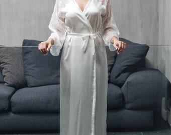 Silk Robe / Chiffon Robe / Off White Silk Robe / Lace Robe / Bridal Robe / Long Bridal Robe / White Wedding Robe / Embroidered Bride Robe