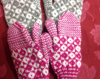 Traditional Newfoundland Trigger Finger Mittens/Gloves