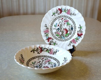 Hand painted transferware coupe bowl and bread and butter plate in Indian Tree pattern by Myott of Staffordshire England