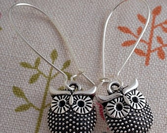Cute owl drop earrings silver plated silver tone wise old owl drop earrings kidney wires