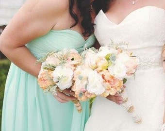 Rustic Wedding Bouquet / White Peach and Coral Silk Bridal Bouquet / Country Wedding / Garden Wedding / Rustic Bridal / Silk Wedding Flowers