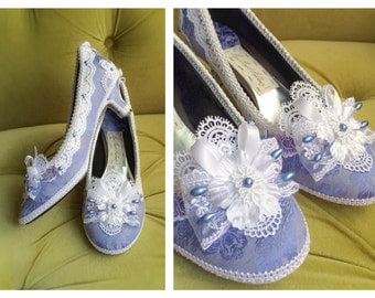 White Lace Marie Antoinette Shoes Costume Heels Violet Lavender Hydrangea Blue Pearls Bridal Baroque Rococo Size 6 6.5 7 7.5 8 8.5 9 9.5 10