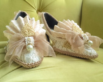 CUSTOM: Marie Antoinette Style Rococo Baroque Fashion Costume Fawn Crystal Beige Ivory Lace Heel Shoe Bridal Shoes Gold Appliqué and Pearls