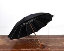 Vintage Umbrella - 20s Black Umbrella With Lucite Handle - Antique Steampunk Goth Black Parasol