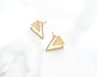 Triangle Twain Earrings, Triangle stud Earrings, Geometric Earrings, Gold Earrings, Geometric Jewelry, Minimalist Jewelry, Triangle Post