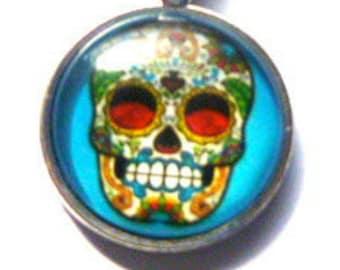 Skull Pendant and Chain