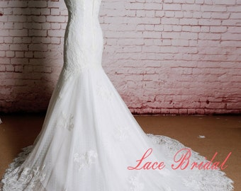 Sweetheart Neckline Wedding Dress Mermaid Style Bridal Gown with Train Elegant Lace Bridal Gown Ivory Wedding Dress