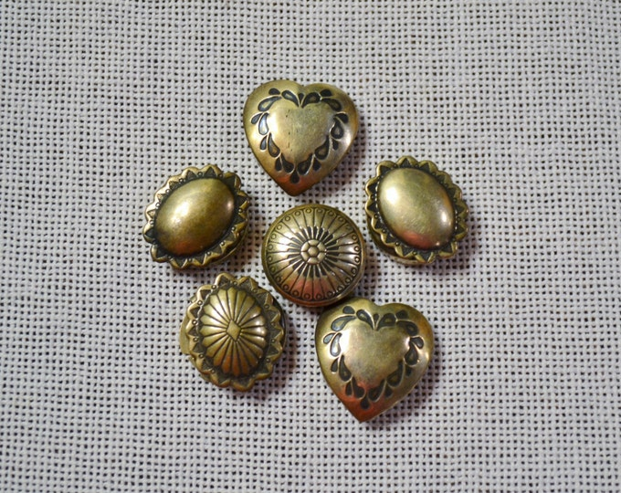 Vintage Button Cover Set of 6 Faux Heart Oval Round Gold Tone Metal PanchosPorch