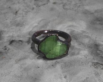 Tourmaline ring Green Tourmaline ring Crystal ring Raw stone ring Gemstone ring Mineral ring Raw stone ring Copper ring Bohemian ring