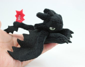 Tiny Toothless Plush - How To Train A Dragon