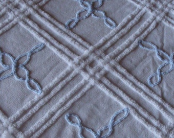 FREE US shipping Chenille Bedspread White & Baby Blue