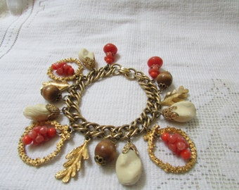 Vintage 50's chunky charm bracelet summer colors coral and ivory plastic