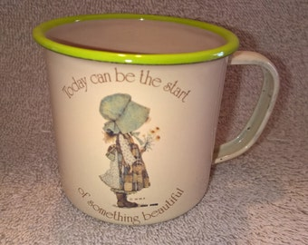 Vintage Holly Hobbie Candle - Country Living