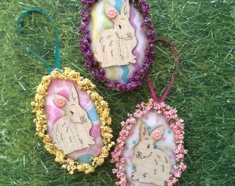 Easter Decor Ornaments / Bunny Pastel Colors / Burlap Bunny Ornaments / Set of 3 / Handmade and Design fabric