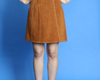 1960s. suede, high waist mini skirt. extra small