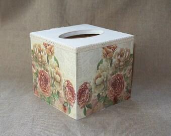Wood tissue box cover. Wood tissue box. Wood napkin box. Decoupage. Wood Napkin holder