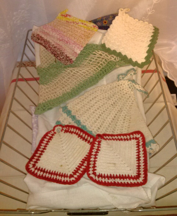 Homemade Pot Holders: Homemade Pot Holders And Towels Crochet And Quilted Vintage