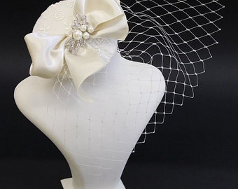 Wedding Fascinator, Bridal Head Piece, Feather Fascinator, Wedding Hair Accessory, Vintage birdcage - Victorian Gothic Jewelry